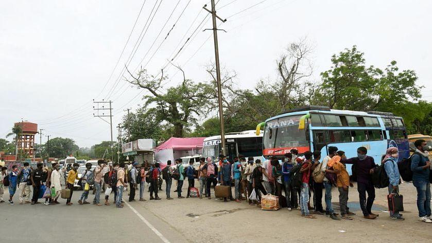 कोई भूखा न रहे, सबके लिए  काम और आमदनी की गारंटी: देश-दुनिया के इकोनॉमिस्ट-एक्टिविस्ट ने बनाया 'मिशन जय हिंद'