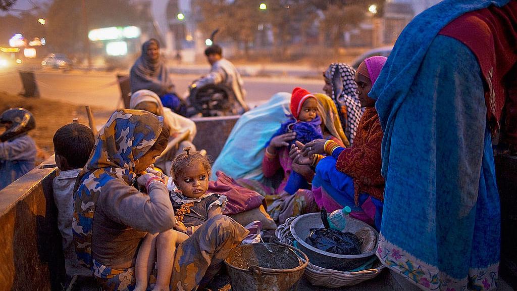 कोरोना: दुनियाभर में 22 साल में पहली बार बढ़ेगी गरीबी! 8% आबादी पर खतरा, धरा रह जाएगा गरीबी-भूख हटाने का सपना