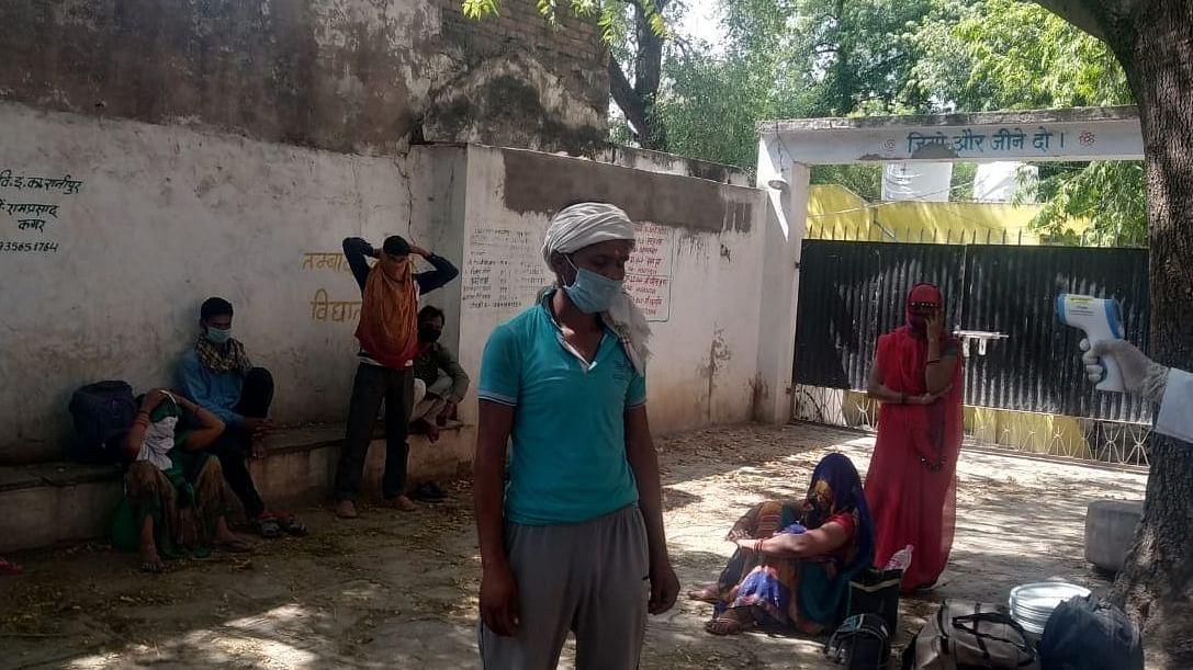 सुरक्षित घर पहुंचे मजदूरों ने बताया- राहुल गांधी मददगार बनकर आए और दुख के सारे बादल छंट गए