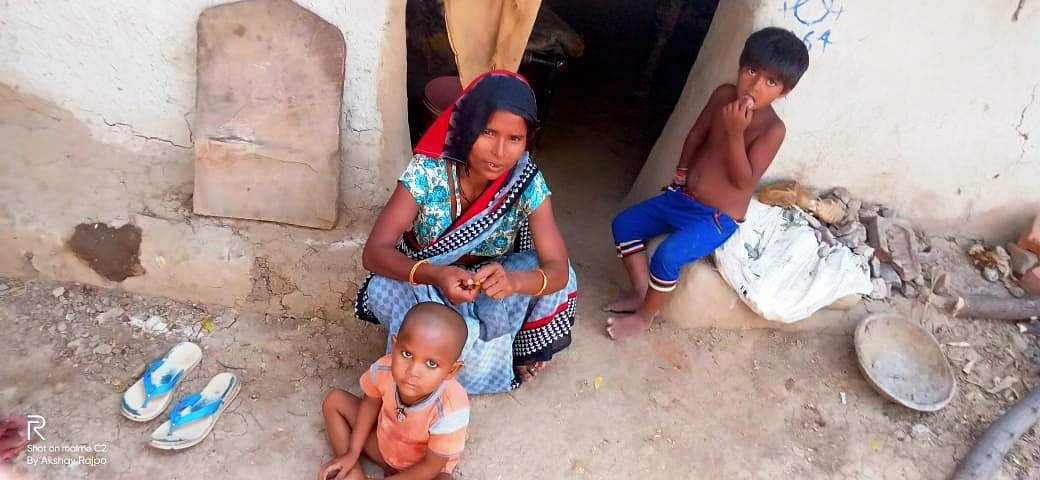 सुखे से अभिशप्त बुंदेलखंड पर इस बार कोरोना और छुआछूत की भी मार, गांव लौटे लोग संदेह का शिकार