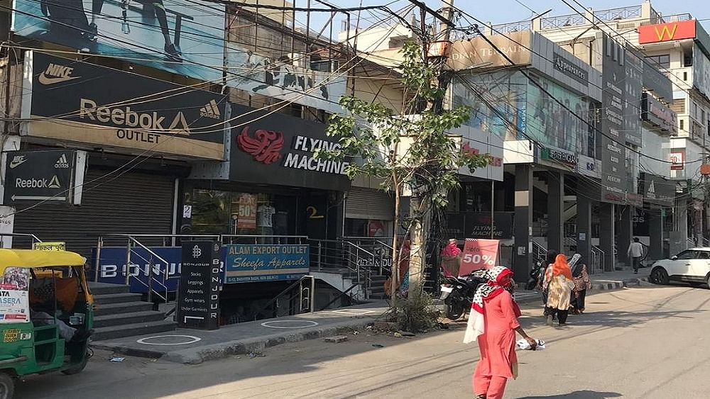 CAA विरोध के केंद्र शाहीन बाग में 5 महीने बाद खुले शो रूम,  लेकिन ग्राहक रहे नदारद