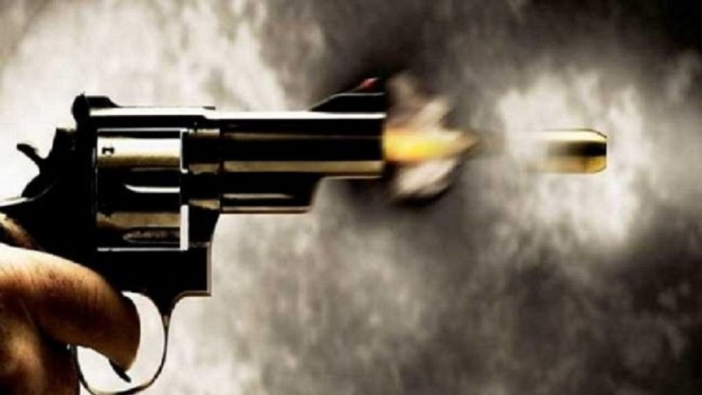 यूपी में कोरोना लॉकडाउन के बीच ग्रेटर नोएडा में युवक की गोली मारकर हत्या, इलाके में दहशत
