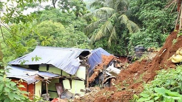 असम में भूस्खलन से 20 लोगों की मौत, कई लोग जिंदा दफन, कई घायल