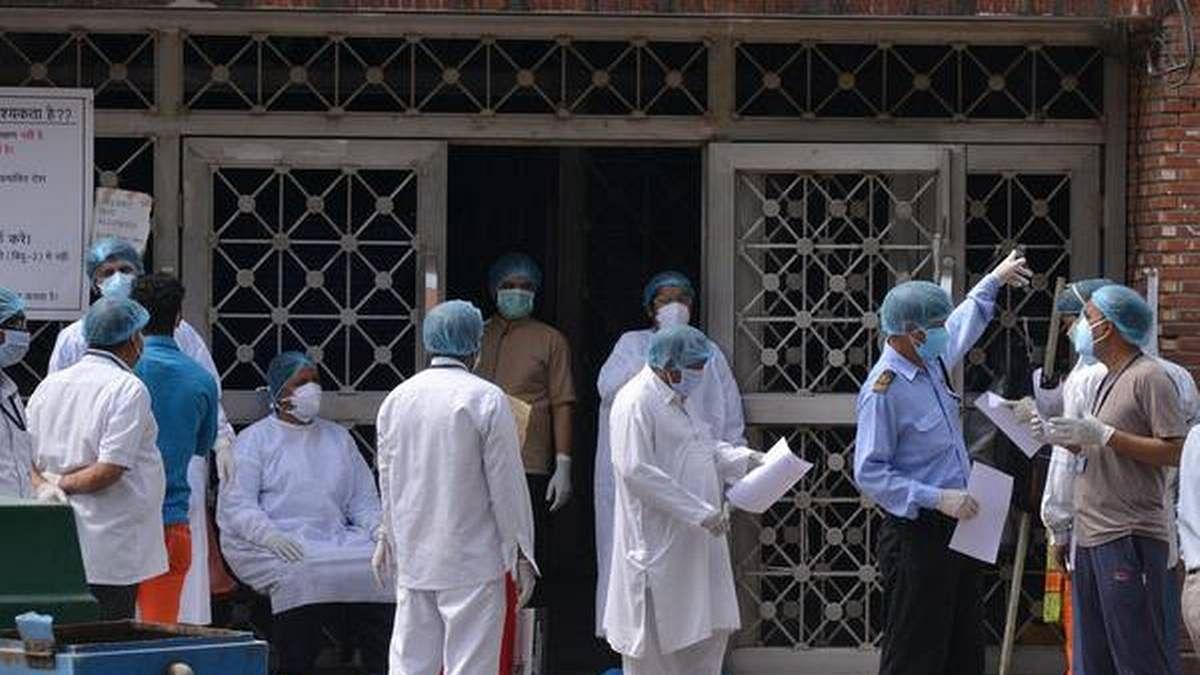 कोरोना का कहर: पिछले 24 घंटे में रिकॉर्ड 18552 नए मामले सामने आए, संक्रमितों का आंकड़ा पांच लाख के पार