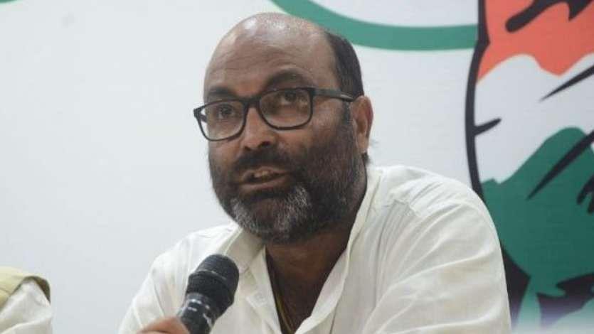 यूपी कांग्रेस अध्यक्ष अजय लल्लू को इलाहाबाद HC से मिली जमानत, मजूदरों के लिए बस की मांग करने पर हुए थे गिरफ्तार