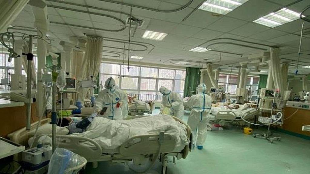 कोरोना का कहर: दुनिया में संक्रमितों की संख्या 90 लाख के पार, अब तक 471000 से ज्यादा की गई जान
