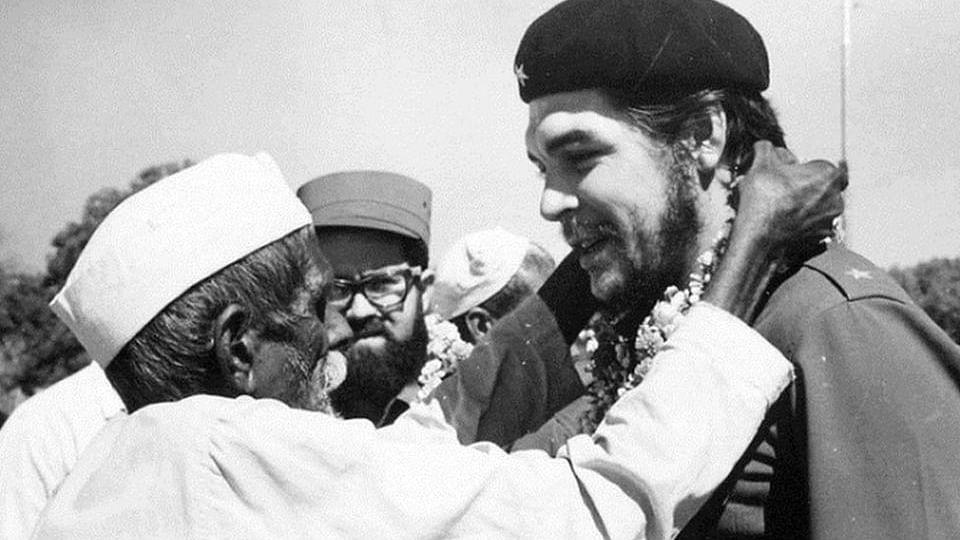 'क्रांति' के अप्रतिम हस्ताक्षर चे ग्वेरा, जो क्यूबा, लंदन से लेकर लाहौर और दिल्ली की दीवारों तक में बसा है