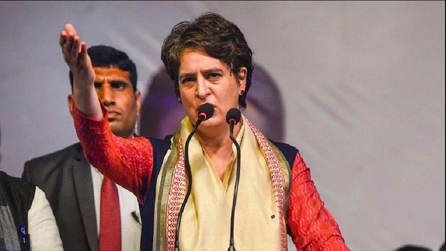 रेल कॉरिडोर ठेके पर प्रियंका गांधी ने मोदी सरकार को घेरा, कहा- चीन को कड़ा संदेश दें, घुटने टेकना बंद करें