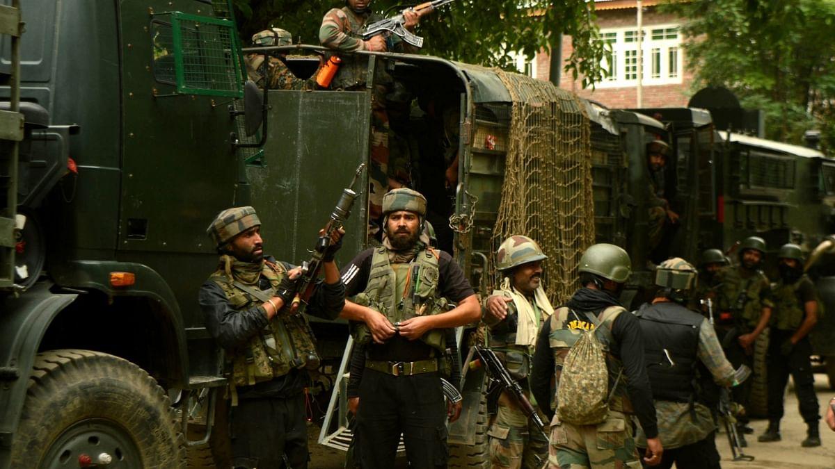 जम्मू-कश्मीर के सोपोर में मुठभेड़, एक आतंकवादी मारा गया, बडगाम में लश्कर के 5 सहयोगी गिरफ्तार