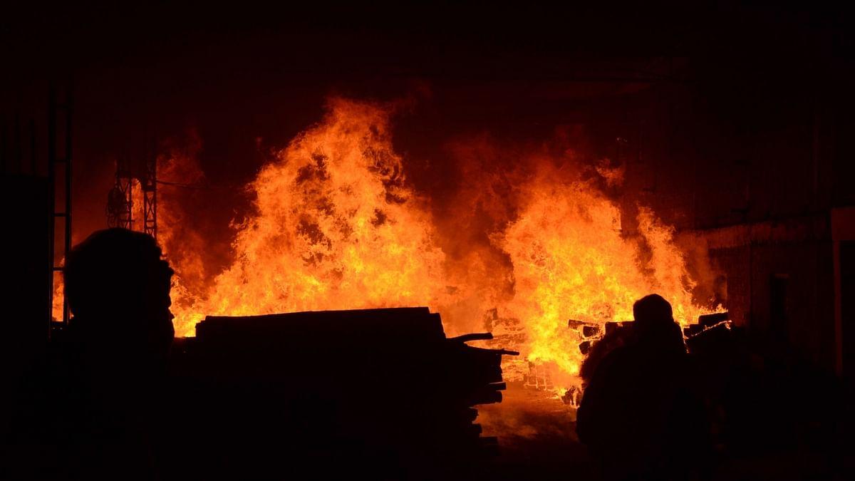 बिहार के पूर्णिया में दर्दनाक हादसा, LPG  में आग लगने से एक ही परिवार के 7 लोग झुलसे, 5 ने तोड़ा दम