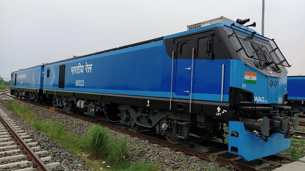 अर्थ जगत की 5 बड़ी खबरें: ट्रेन 18 प्रोजेक्ट में चीनी कंपनी को शामिल करने पर सवाल और टमटार हुआ लाल