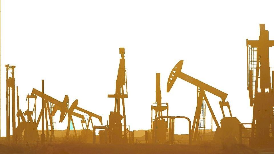 अर्थ जगत की 5 बड़ी खबरें: कच्चे तेल में नरमी के बावजूद बढ़े डीजल के दाम और जानें क्या रहा शेयर बाजार का हाल