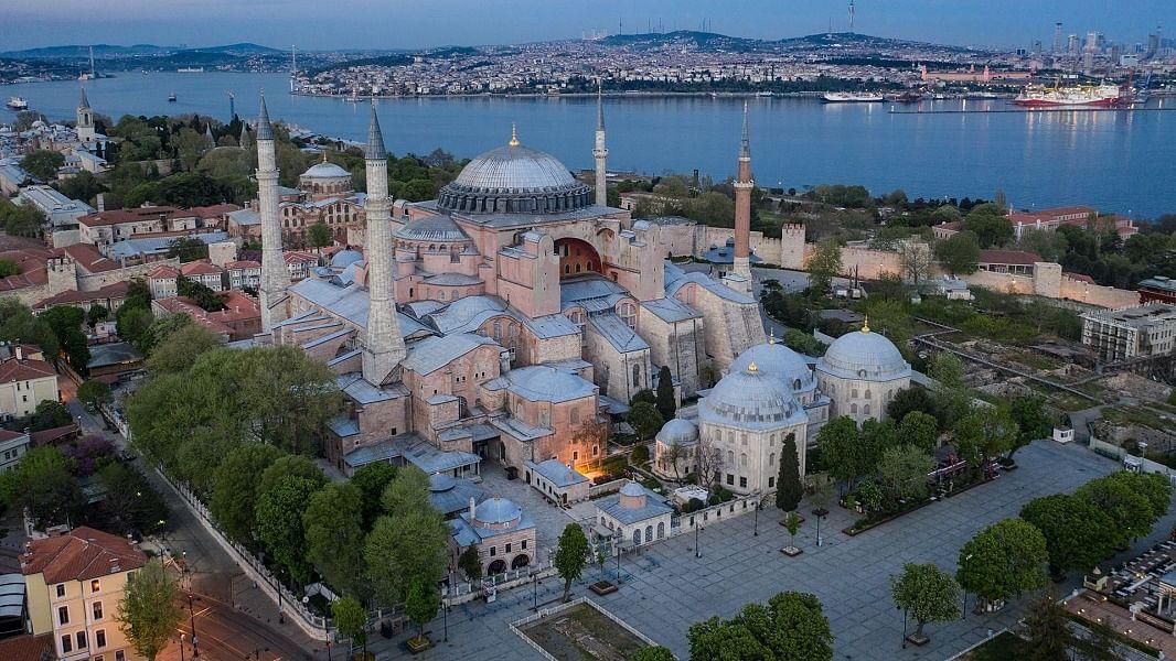 राम पुनियानी का लेखः हागिया सोफिया के मस्जिद बनने के पीछे  कट्टरता, भारत समेत पूरी दुनिया में जहर उबाल पर