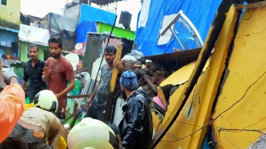 मानसून: मुंबई में इमारत हादसे में मरने वालों की संख्या 7 हुई, 18 से ज्यादा लोग घायल
