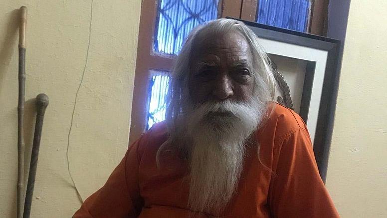 भूमि पूजन के दो दिन पहले राम मंदिर के मुख्य पुजारी  क्वारंटीन, पिछले हफ्ते शिष्य को हुआ था कोरोना
