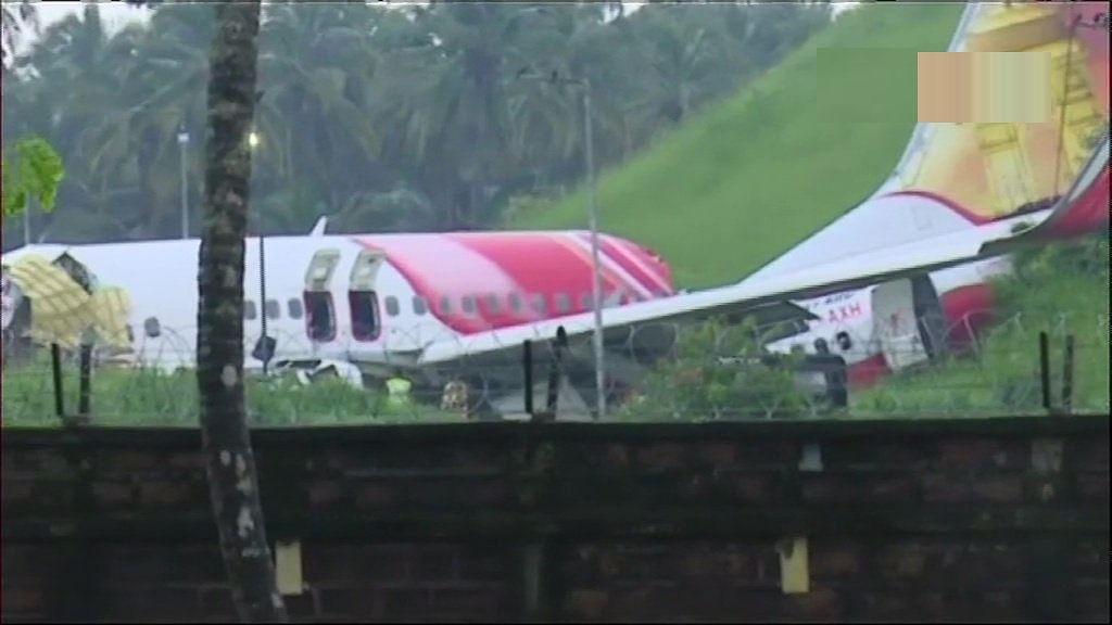केरल विमान हादसा: मरने वालों की संख्या पहुंची 18, सीएम, राज्यपाल और उड्डयन मंत्री करेंगे घटना स्थल का दौरा