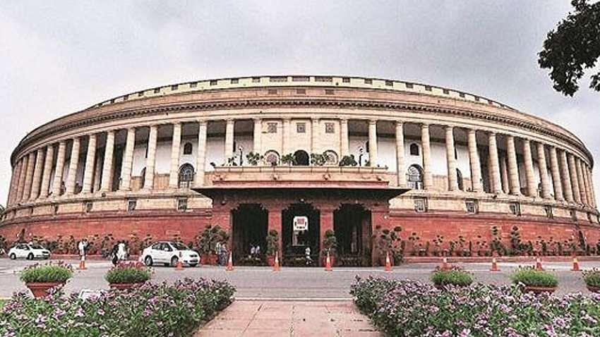 कोई न पूछे सवाल, कोरोना के नाम पर संसद सत्र में सरकार ने किया इंतजाम, पीएम समेत सभी को पहले कराना होगा टेस्ट