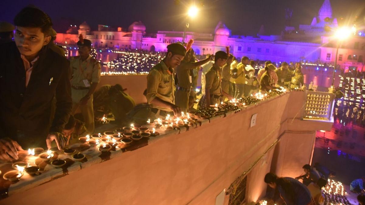 अयोध्या में रामजन्मभूमि पूजन की सारी तैयारी पूरी, दोपहर 12.30 बजे पीएम करेंगे शिलान्यास, जानें पूरा कार्यक्रम