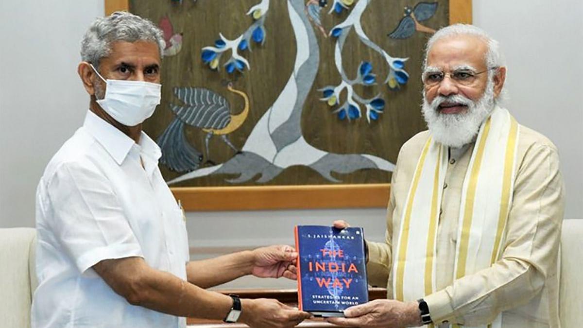 आकार पटेल का लेख: एस जयशंकर ने जिन खामियों का जिक्र किया, उन्हें दुरुस्त करने से आखिर कौन रोक रहा है बीजेपी को