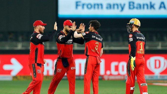 बड़ी खबर LIVE: IPL 2020 में कोहली की बेंगलुरू ने जीत से किया आगाज, हैदराबाद को 10 रनों से हराया