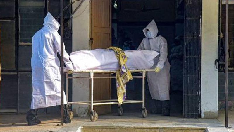 उत्तर प्रदेश में कोरोना के डर ने कम किया मौत का गम, दूसरी बीमारियों-हादसों में मरने वालों की संख्या घटी
