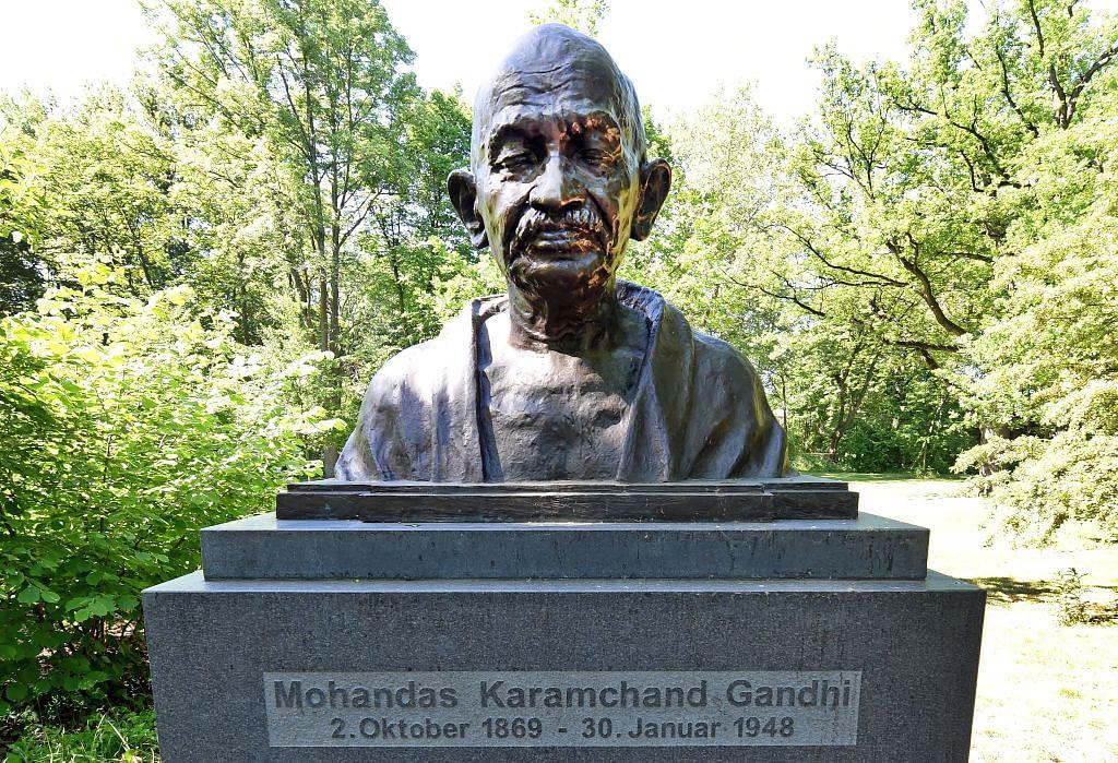 गांधीजी की 150वीं जयंती पर सरकारी आयोजन न होने का सबब