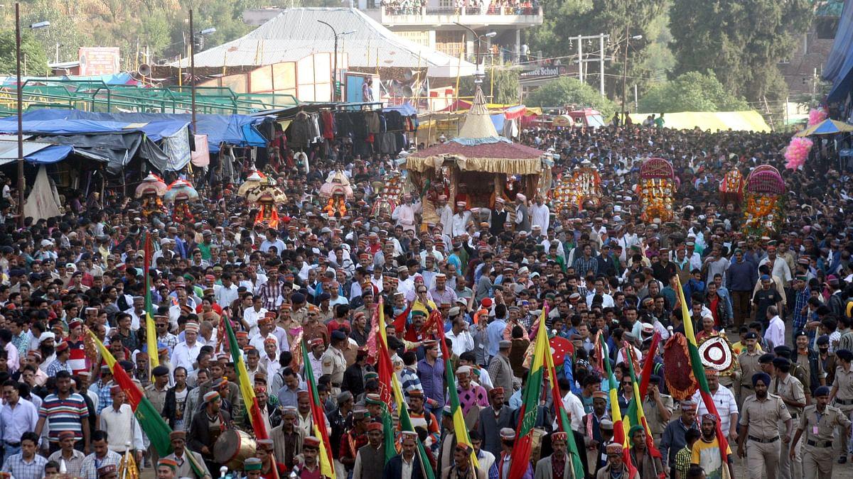कुल्लू दशहरा उत्सव पर कोरोना की मार, इस बार शामिल नहीं हो सकेंगे 240 देवी-देवता