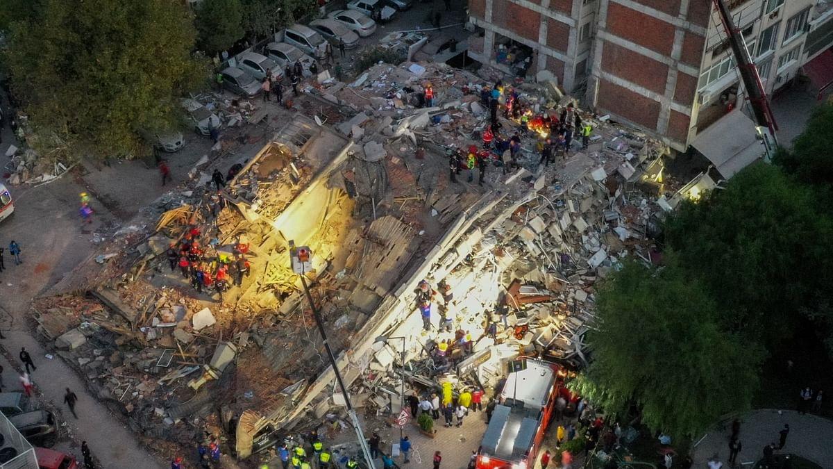 तुर्की-ग्रीस में भूकंप से भीषण तबाही, 17 लोगों की मौत, साल 1999 में 17000 लोगों की गई थी जान, देखें तस्वीरें