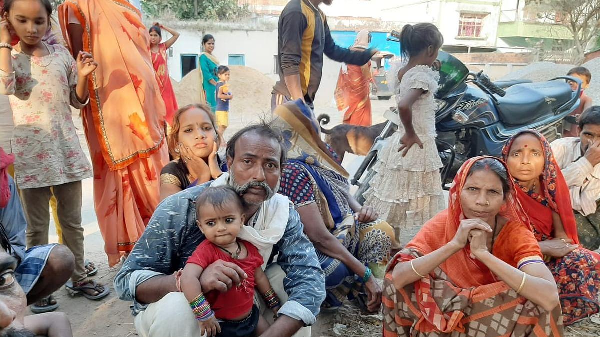 पीएम मोदी के चुनाव क्षेत्र में दीनदायल उपाध्याय स्मारक के लिए उजाड़ दिए गए लोग, आधार कार्ड के बाद भी हो गए बेपता