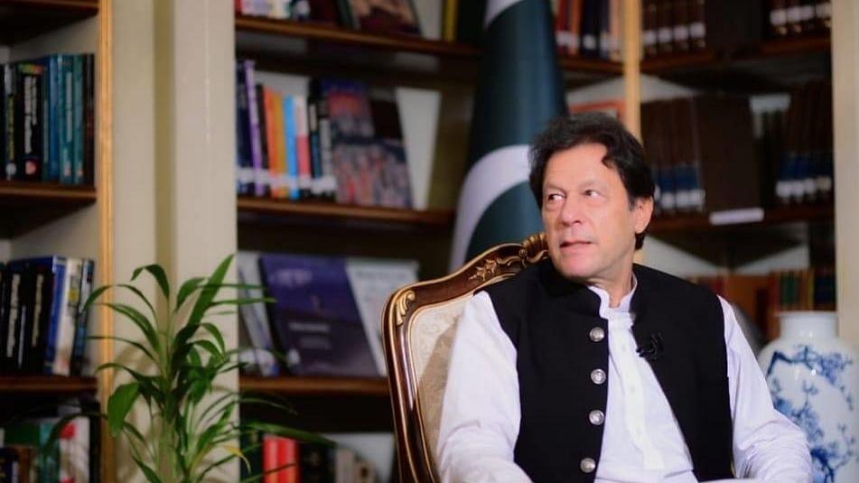 BJP की राह पर पाकिस्तान की इमरान सरकार? आलोचनाओं पर नकेल कसने के लिए 'फर्जी खबर' को बनाया हथियार