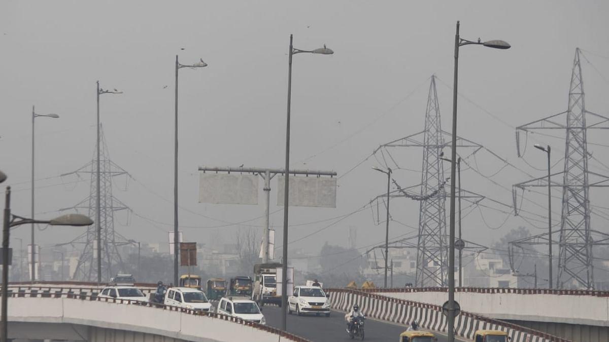 विशेषज्ञों की राय में पंजाब से पराली का धुंआ दिल्ली पहुंचना नामुमकिन, केजरीवाल के दावों पर गंभीर सवाल
