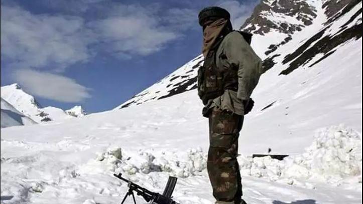 माइनस 20 डिग्री तापमान पर तैनात हैं भारत और चीन के हजारों सैनिक, लद्दाख में अभी भी जारी है गतिरोध
