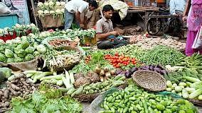 सब्जी से लेकर दवा तक आसमान छूते दाम, तो फिर चुप क्यों है महंगाई का हल्ला मचाकर सत्ता में आई सरकार
