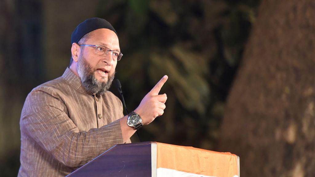 खरी-खरी: मुसलमानों के दोस्त हैं या दुश्मन हैं असदुद्दीन ओवैसी !