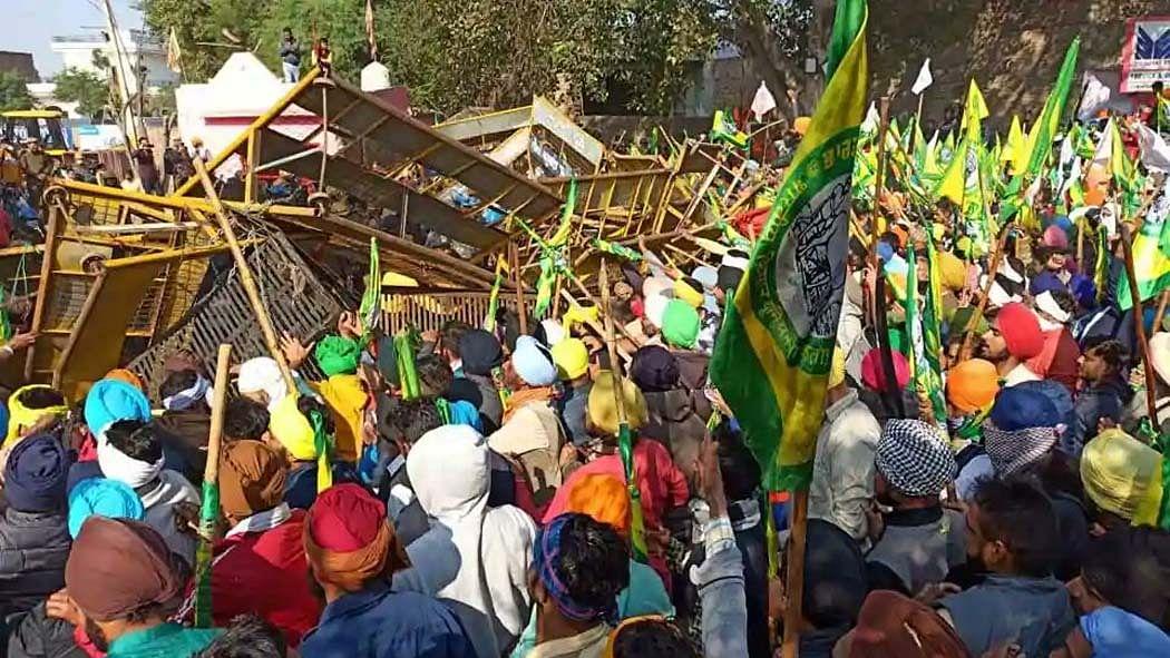 नवजीवन बुलेटिन: दिल्ली बॉर्डर पर आर-पार के मूड में किसान और महबूबा बोलीं- मुझे फिर हिरासत में लिया गया