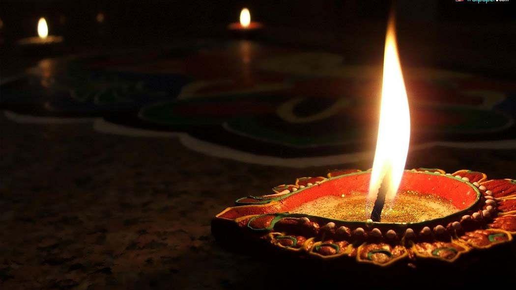 वीडियो: दिवाली पर दीपक जलाने का क्या है महत्व? जानें कैसे और कहां जलाएं दीपक