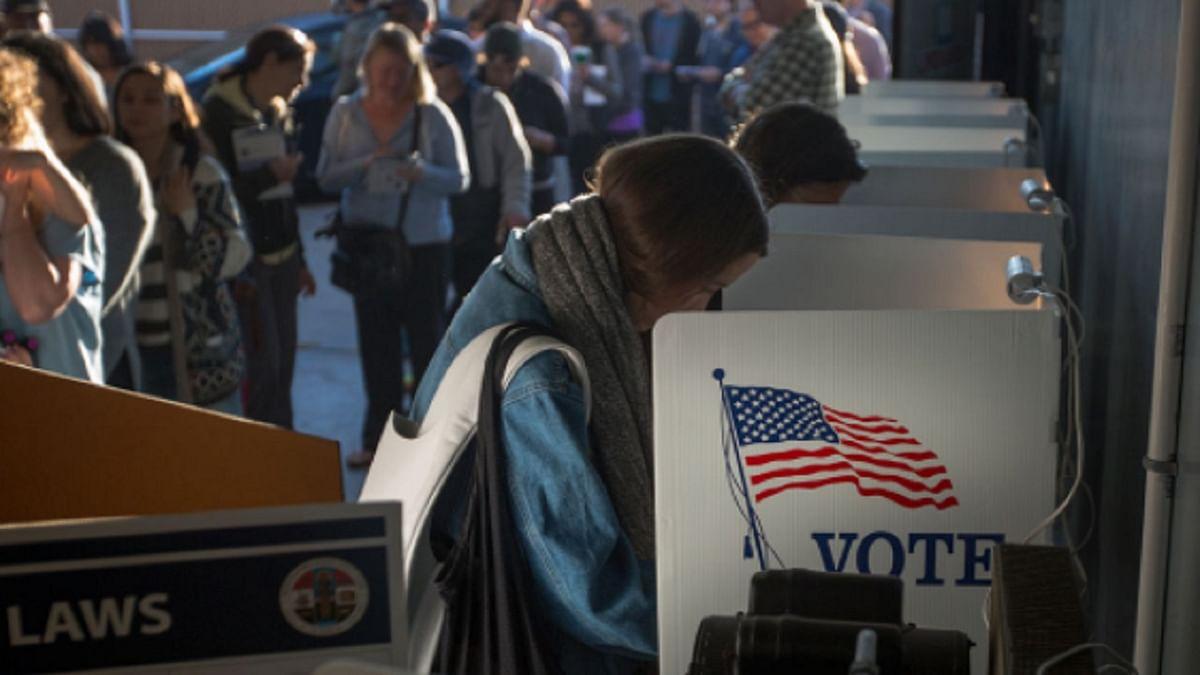 दुनिया की 5 बड़ी खबरें: वोटों की गिनती के बीच अमेरिका में कई जगह हंगामा और ग्रामीणों से जबरन पैसा वसूल रहे पाक सेना के जवान