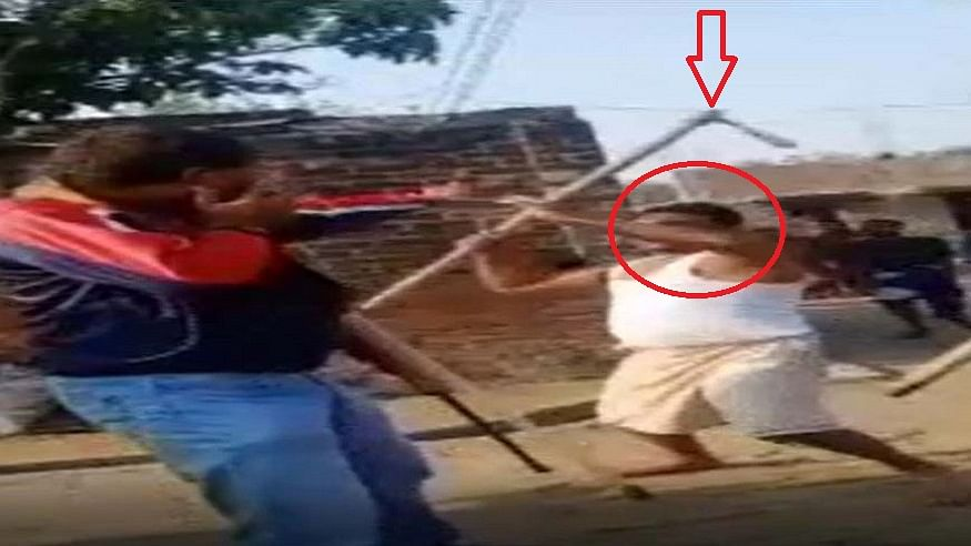 यूपी में बेखौफ शराब माफिया का आतंक देखिए, छापेमारी करने गई पुलिस टीम पर हमला, फावड़े से दौड़ा-दौड़ाकर पीटा!