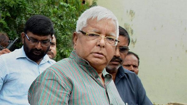 बिहार चुनावः दूसरे चरण से पहले लालू ने महंगाई को लेकर बोला हमला- पियजवा अनार हो गइल बा!