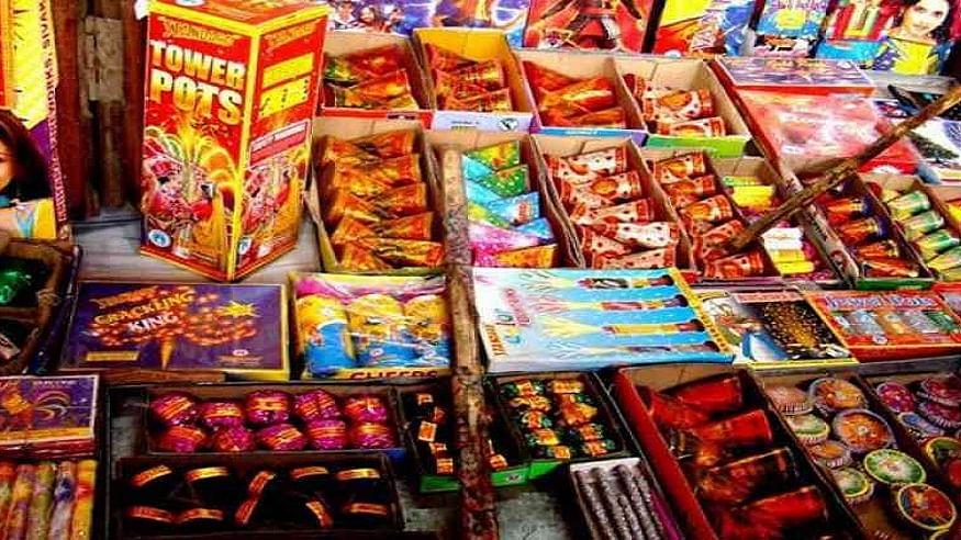 दिवाली से पहले NGT का बड़ा आदेश, दिल्ली-NCR समेत खराब वायु गुणवत्ता वाले राज्यों में 30 नवंबर तक पटाखों पर बैन