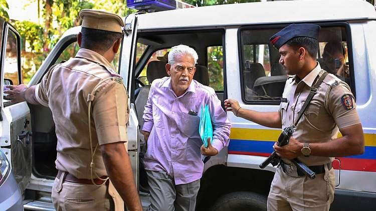 भीमा कोरेगांवः जेल में बंद कवि वरवरा राव को मिली इलाज की इजाजत, 15 दिन के लिए मुंबई के नानावती में होंगे भर्ती