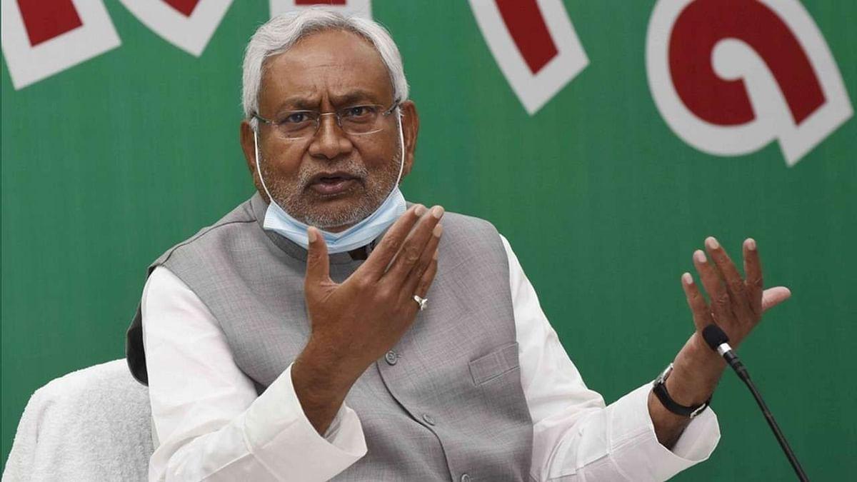जीतते ही अपनी बात से फिर पलटे नीतीश कुमार, आखिरी चुनाव की बात से साफ मुकरे