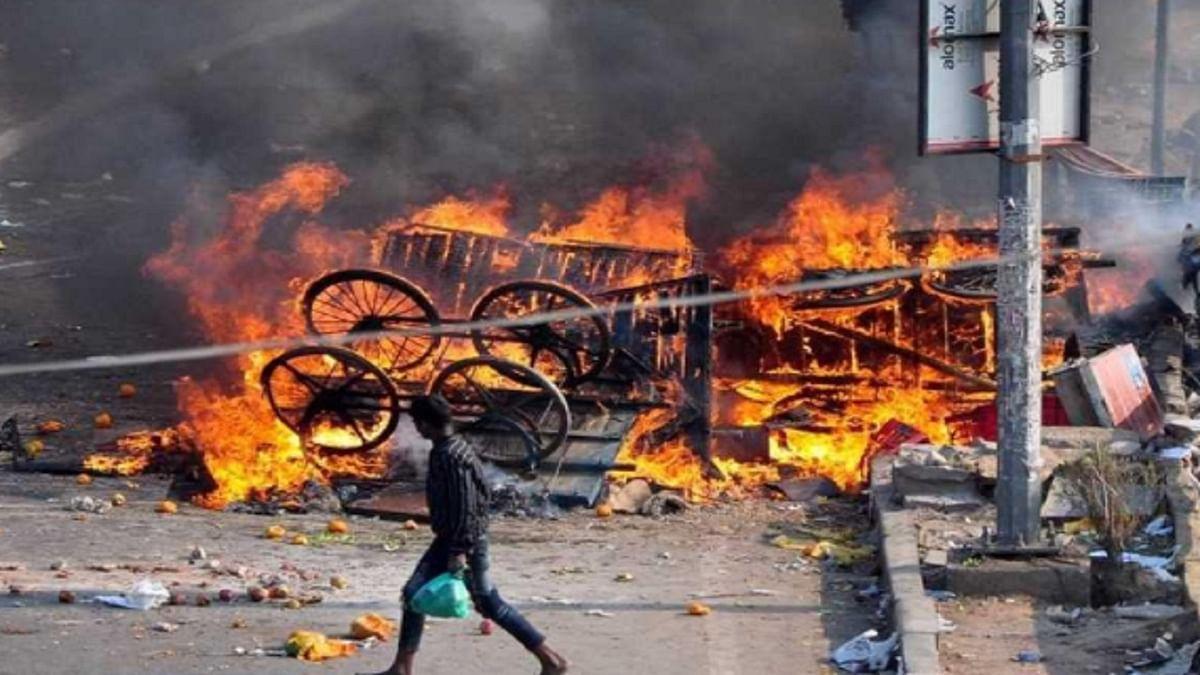 'दिल्ली में हिंसा भड़काने के लिए अमित शाह का मंत्रालय जिम्मेदार, हिंदुओं ने किया हमला, बचाव में लगा रहा दूसरा पक्ष'