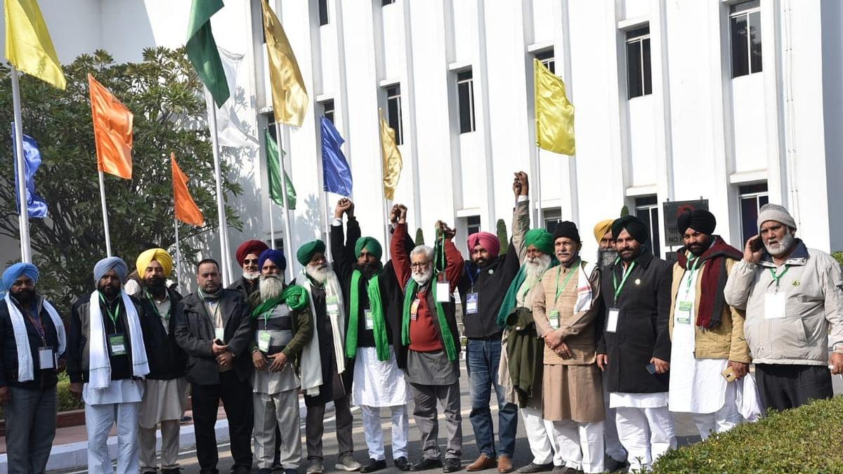 किसानों की 2 मांगों पर झुकी सरकार, कृषि कानून और MSP पर नहीं बनी बात, 4 जनवरी को फिर बैठक