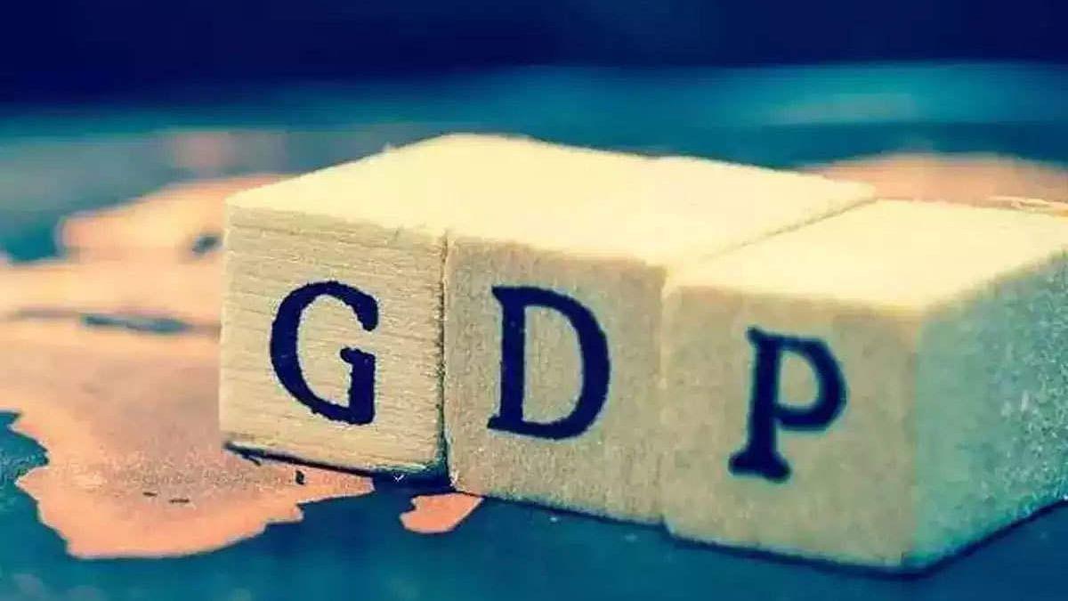 अर्थ जगत की 5 बड़ी खबरें: भारत की GDP को लेकर फिच का नया अनुमान और सेंसेक्स ने बनाया ऊंचाई का नया रिकॉर्ड