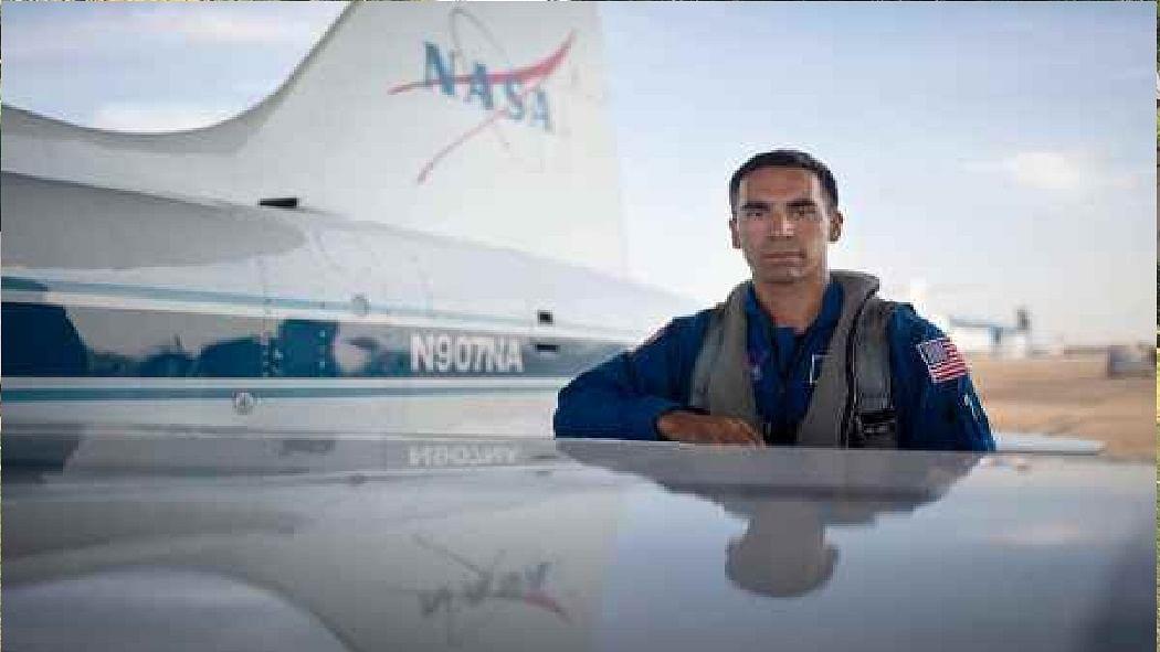 दुनिया की 5 बड़ी खबरें: NASA के मून मिशन के लिए चुना गया ये भारतीय मूल का शख्स और बाइडेन-कमला बनीं पर्सन ऑफ द ईयर