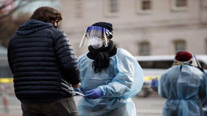 अमेरिका में कोरोना वायरस से कोहराम! 24 घंटे में रिकॉर्ड करीब ढाई लाख संक्रमित आए सामने, 3 हजार लोगों की गई जान
