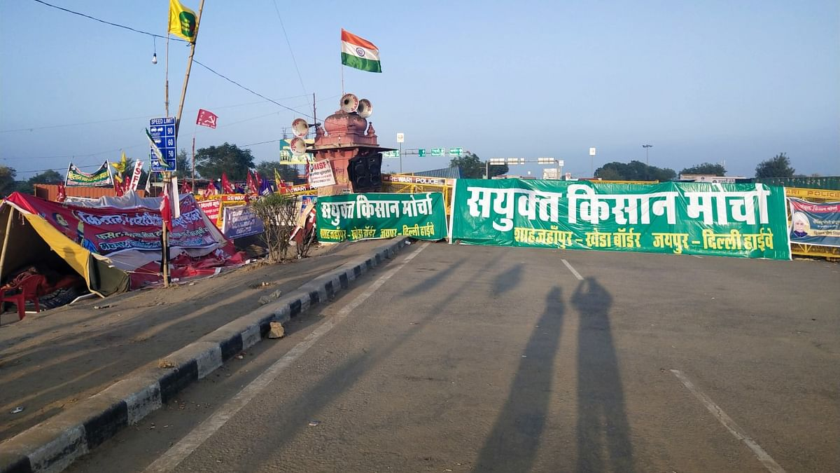 शाहजहांपुर बॉर्डर: NH48 पर ही किसानों ने बसाया 'बड़ा गांव', बोले- या तो कानून वापस, या हम भगवान को वापस