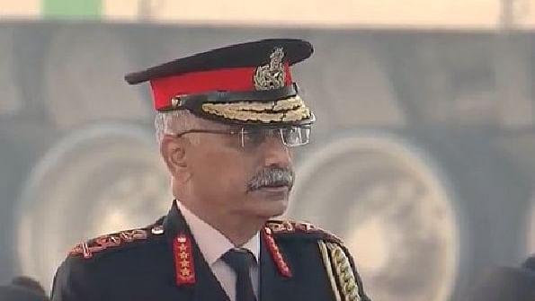 पाकिस्तान के 300-400 आतंकवादी घुसपैठ की फिराक में, भारतीय जवान विफल करने के लिए तैयार: सेना प्रमुख