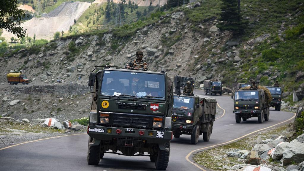 लद्दाख में LAC के पास भारतीय सीमा में पकड़ा गया चीनी सैनिक, पूछताछ जारी